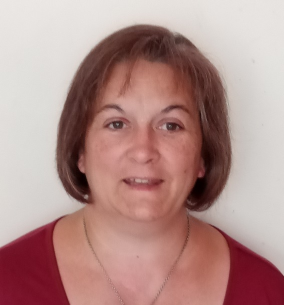 Stephanie Russe Switchim 44